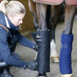 Kentucky Horsewear Magnetic Stable Bandage Pads