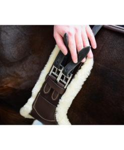 Kentucky Horsewear Short Sheepskin Stud Girth