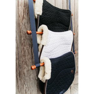Grooming Deluxe Wooden Saddle Pad Hanger