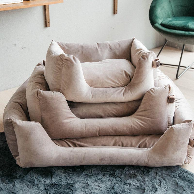Kentucky Dogwear Velvet Dog Bed 2